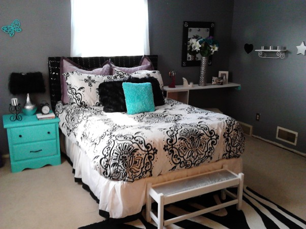 Information about rate my space questions for - Turquoise and purple bedroom ...
