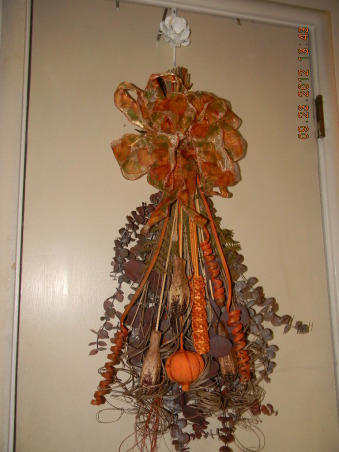 The Colors of Autumn, My home decorated for Halloween and Thanksgiving, Autumn Floral Spray, Holidays Design
