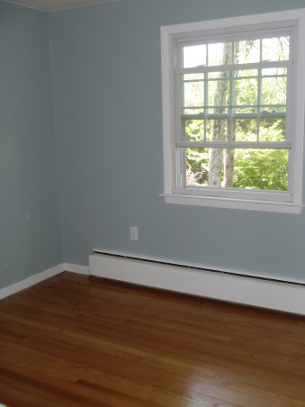 Guest room, Finished painting & the floors, Bedrooms Design