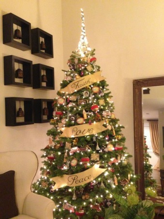 My Christmas Decorations 2012, Travel inspired Christmas Tree   , Living Rooms Design