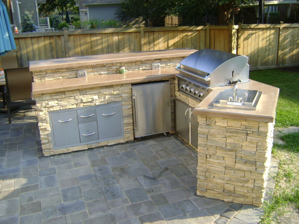 Outdoor Kitchen, Outdoor kitchen with bar and dining space., Birds eye view of kitchen., Patios & Decks Design