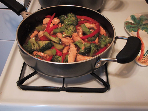 stir fry chicken and broccoli with peanuts - Stir Fry Pan