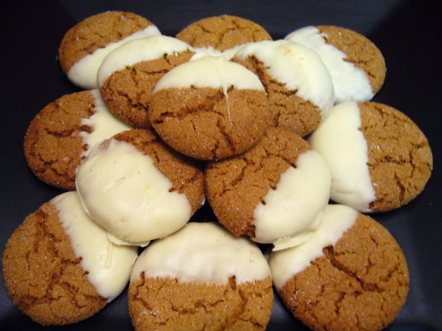 Dipped molasses cookies recipe