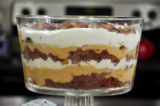 Peanut Butter Trifle With Angel Food Cake
