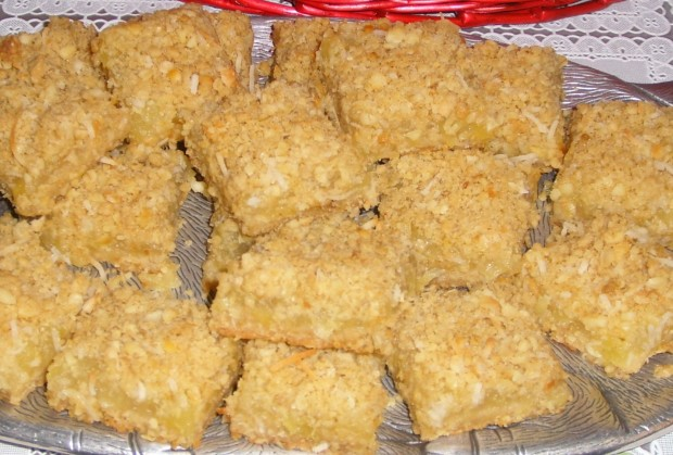 Recipe for pineapple oatmeal cookies