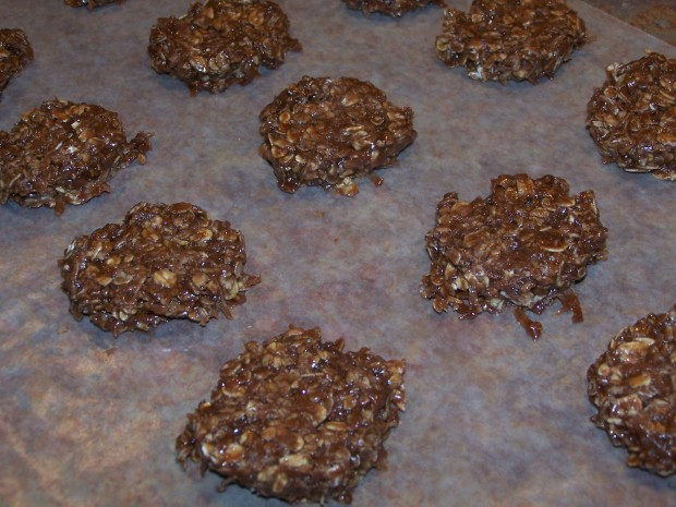 The Best No Bake Chocolate Oatmeal Cookies Recipe - Food.com