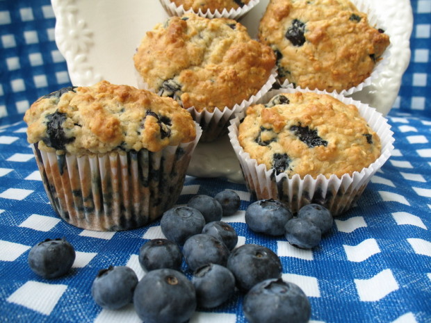 Easy oatmeal blueberry muffins recipe