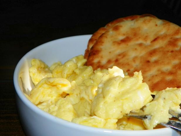Scrambled Eggs With Coconut Oil Recipe - Food.com