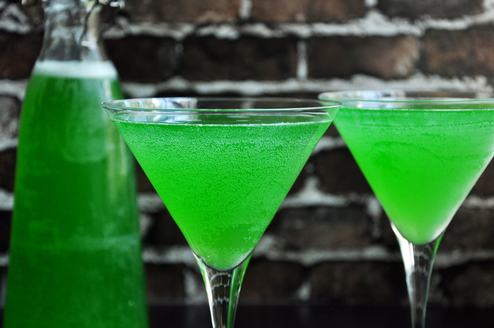 26 Halloween Cocktail Recipes