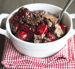 15 Summer Slow-Cooker Desserts