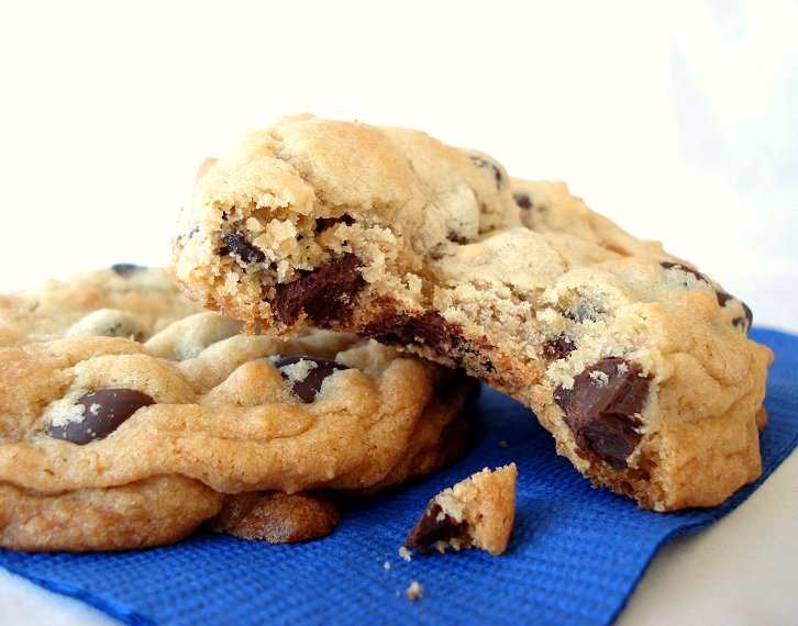 Thick, Soft, and Chewy Chocolate Chip Cookies