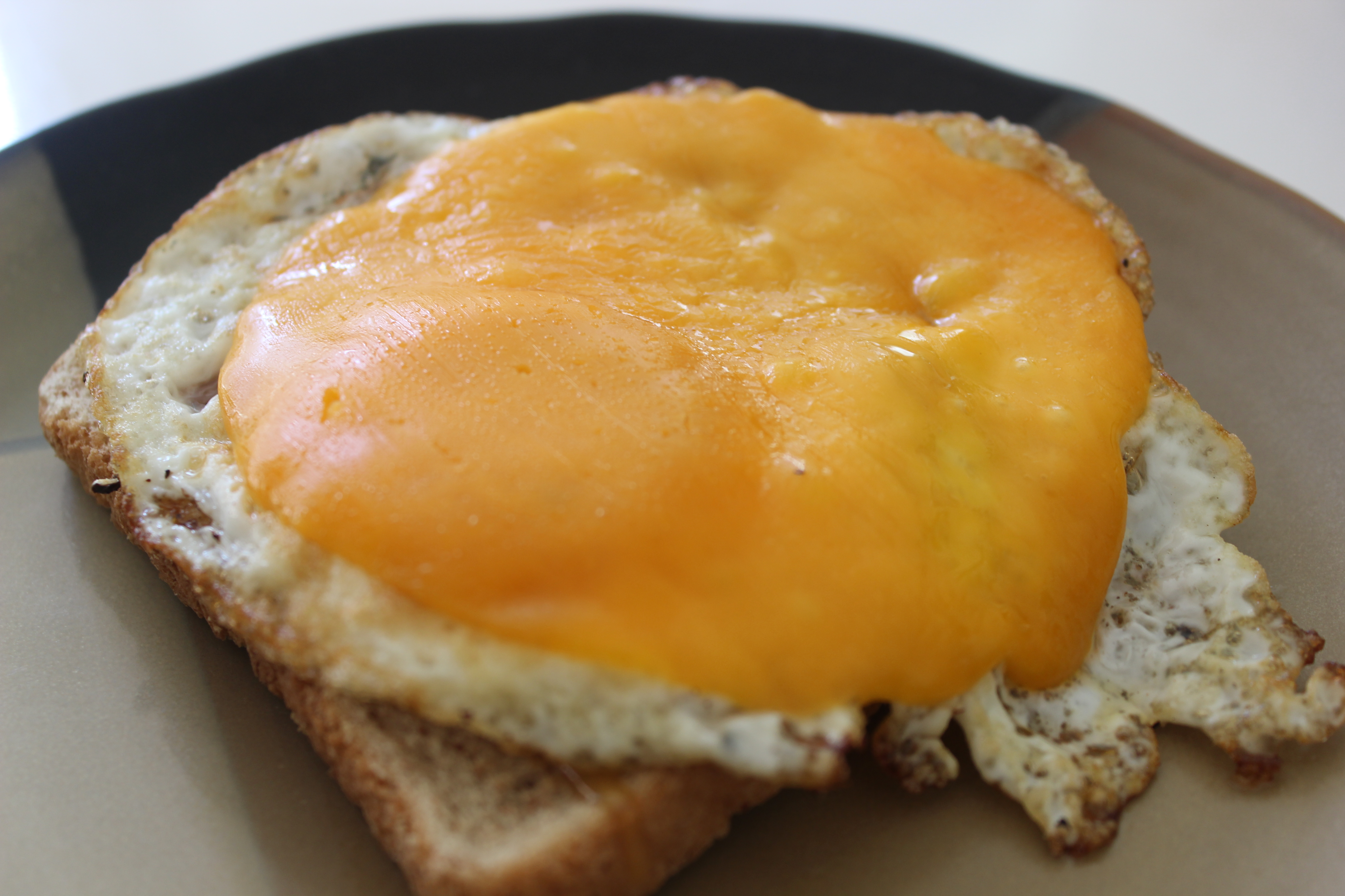 Simple Fried Egg Sandwich