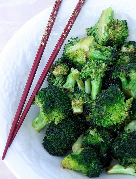 Chow Gai Laan (Jade Green Broccoli) Recipe