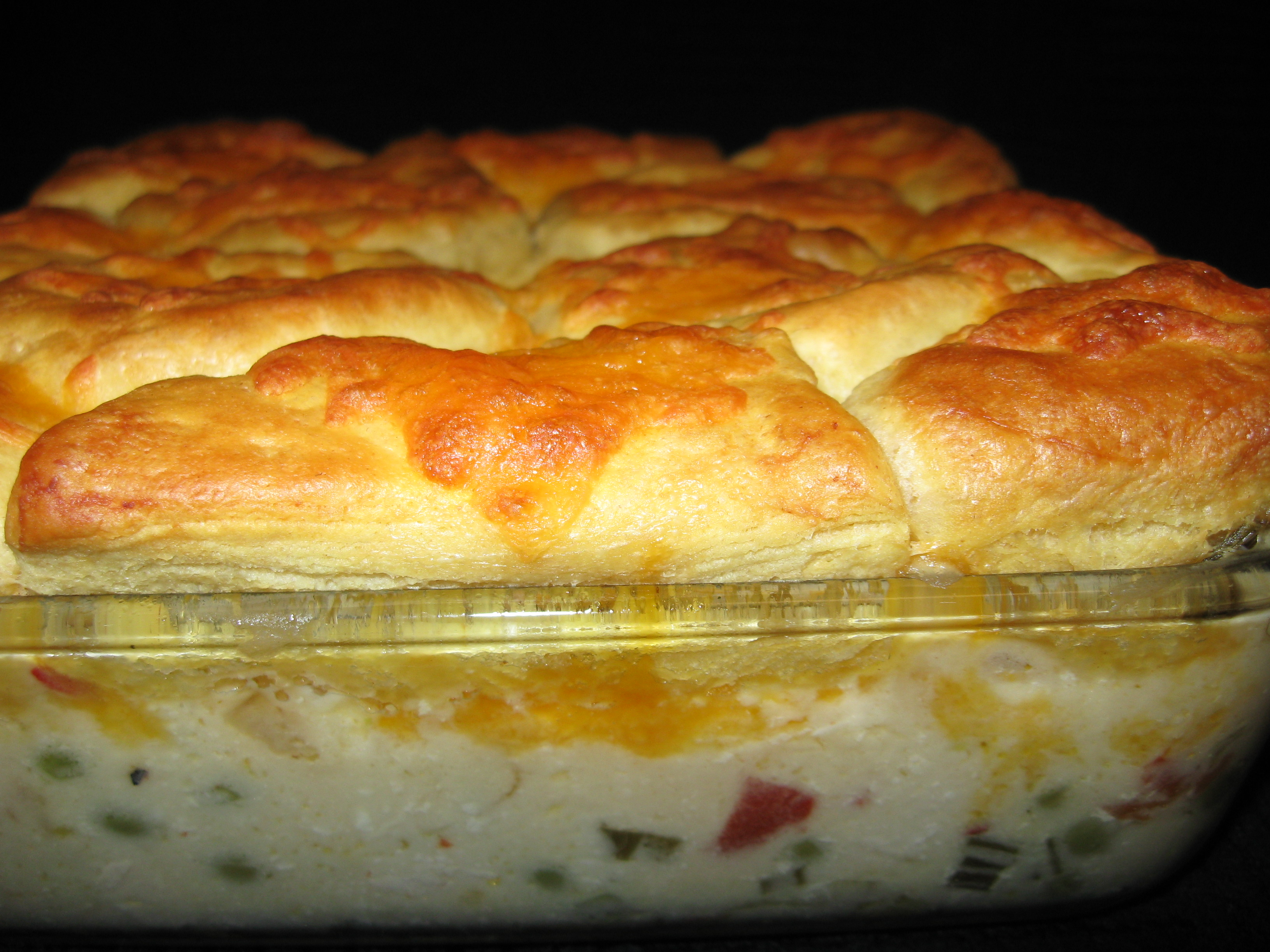 Potsie's Creamed Chicken and Biscuits Casserole