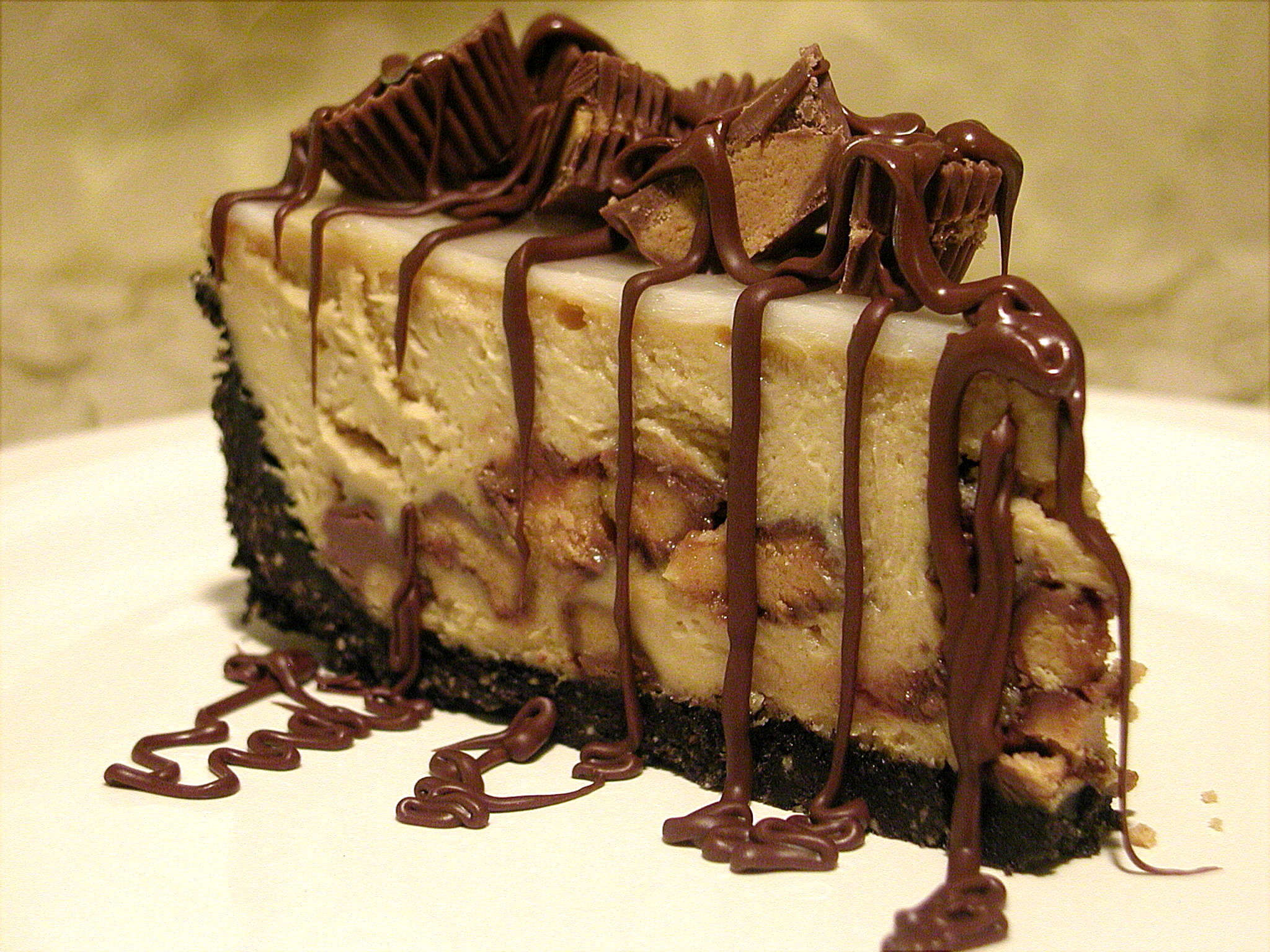 Ruggles Reese's Peanut Butter Cup Cheesecake Recipe