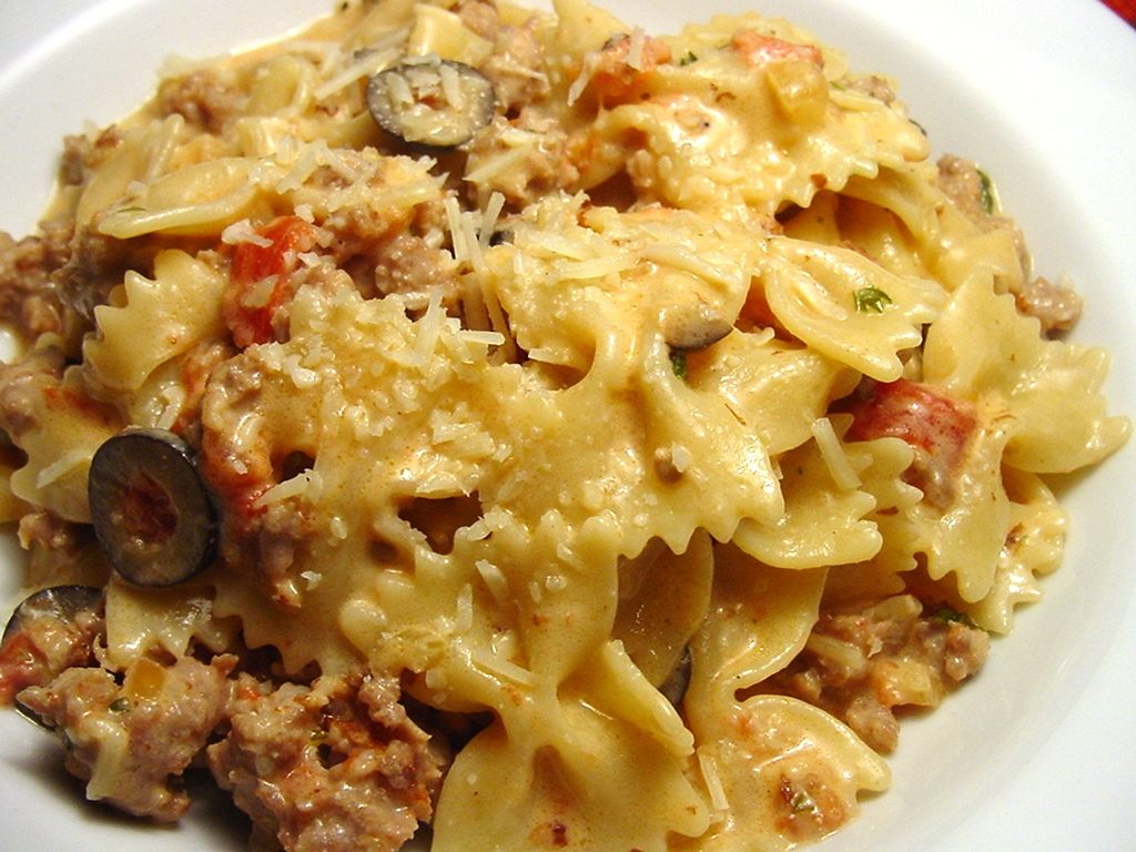 Italian Sausage, Tomato, and Cream With Bow Ties