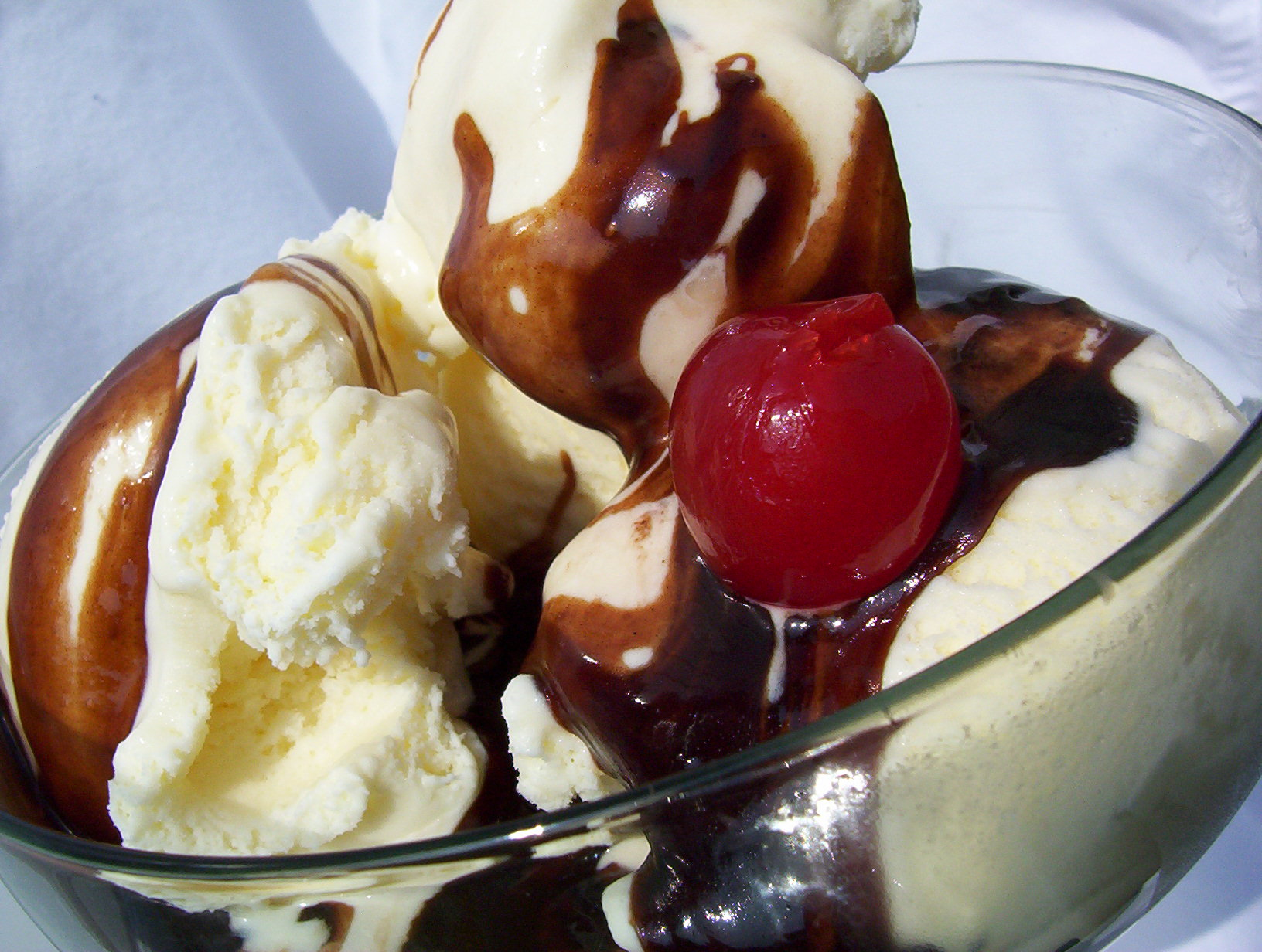 Lee Lee's Famous Chocolate Sauce for Ice Cream Recipe