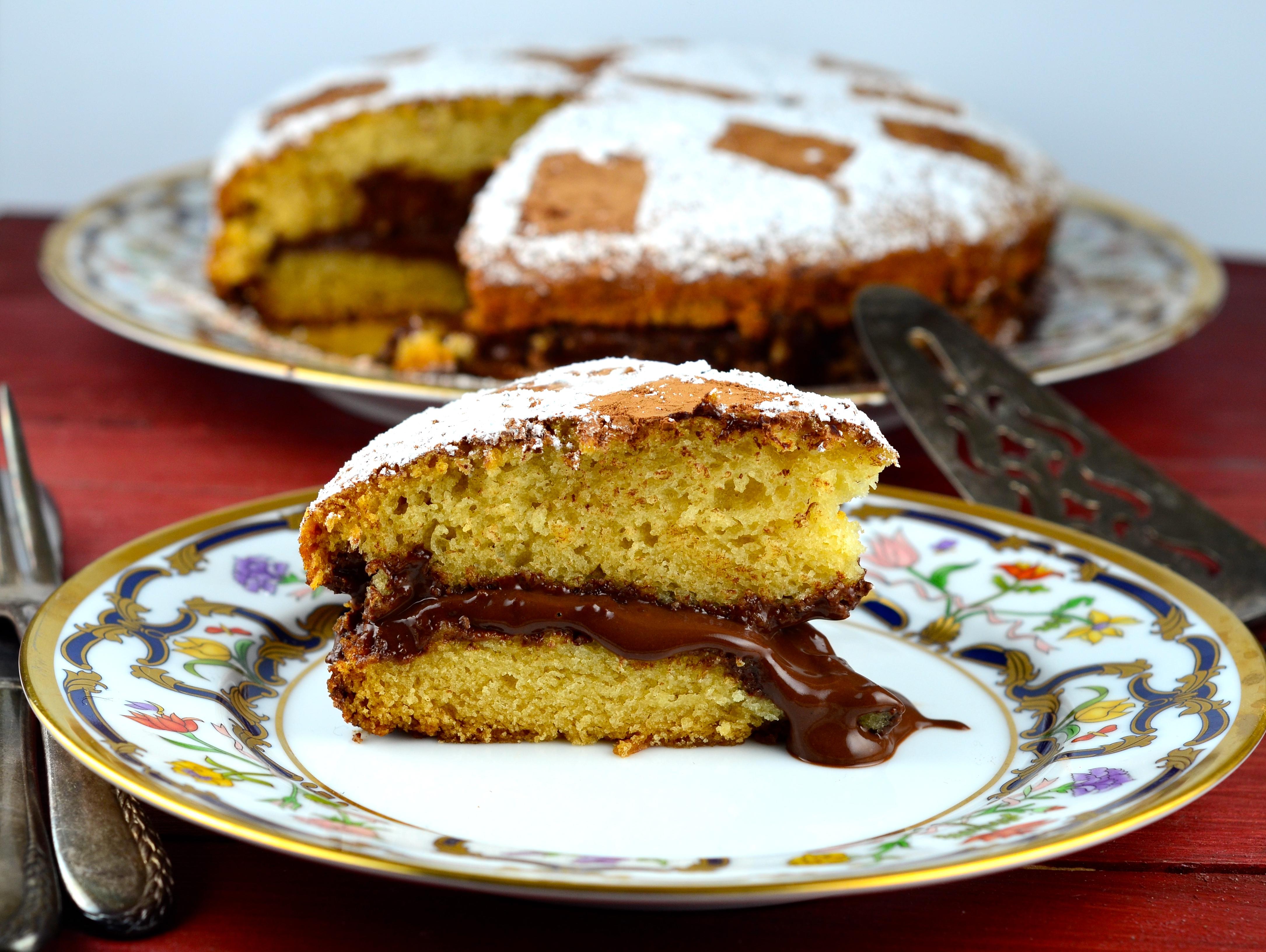 Vanilla Eggless and Dairy Free Vegan Cake