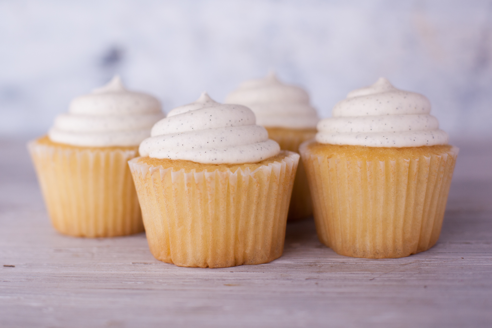 Vanilla  Buttercream Frosting (From Sprinkles Cupcakes) Recipe