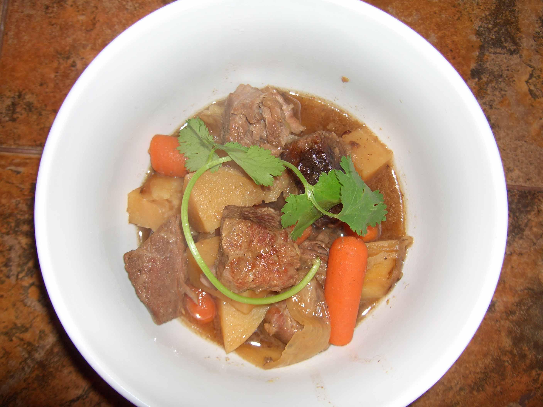 Niku Jaga (Japanese Beef Stew in the Crock Pot)