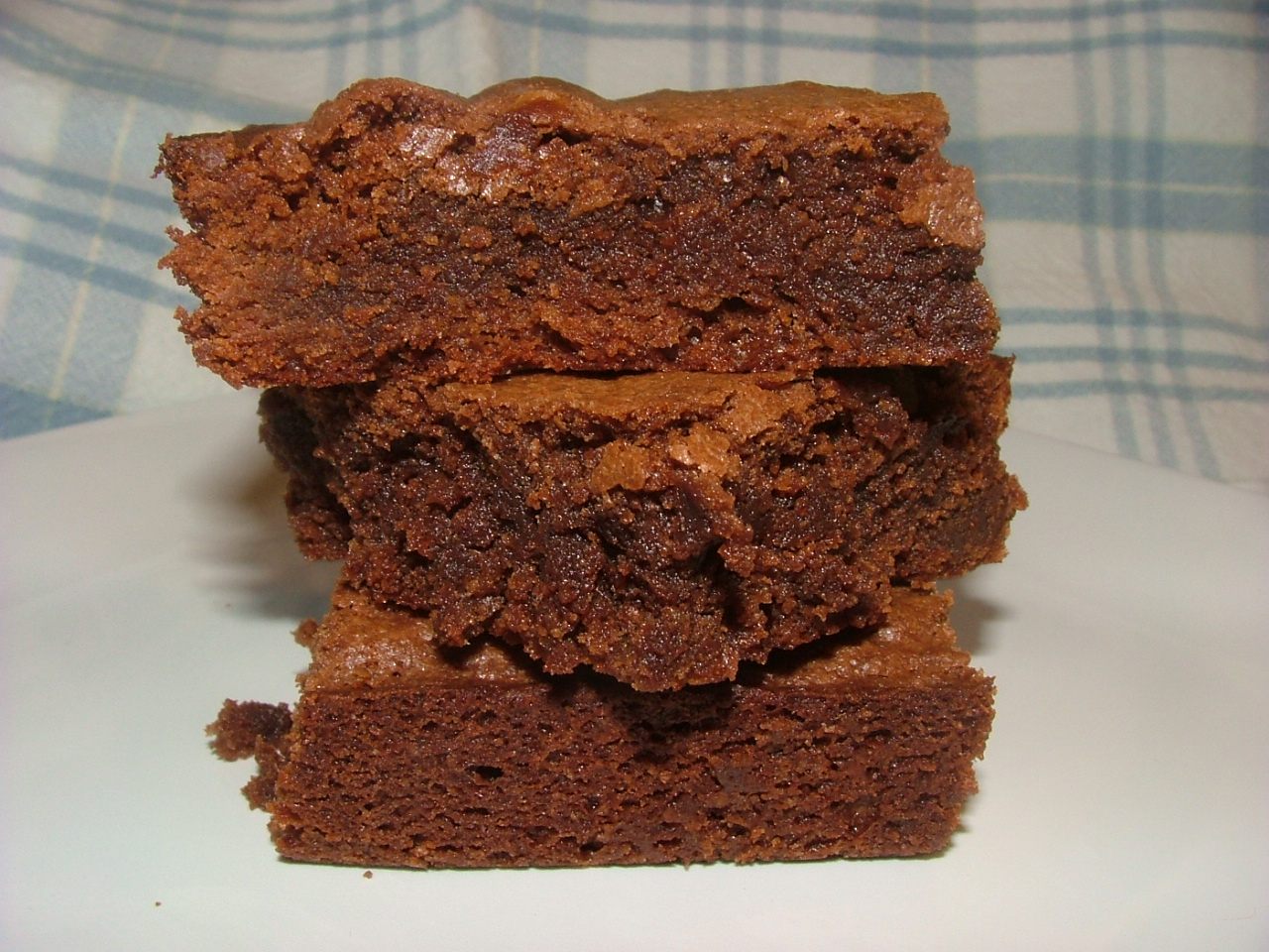 Chocolate Lovers Deluxe Fudgy Brownies