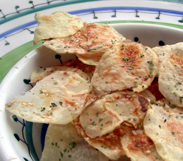 Uncle Bill's Microwave Potato Chips Recipe