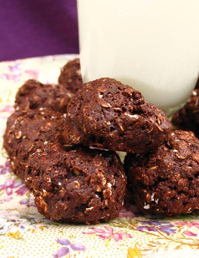 Vegan Brownie-Oat Cookies