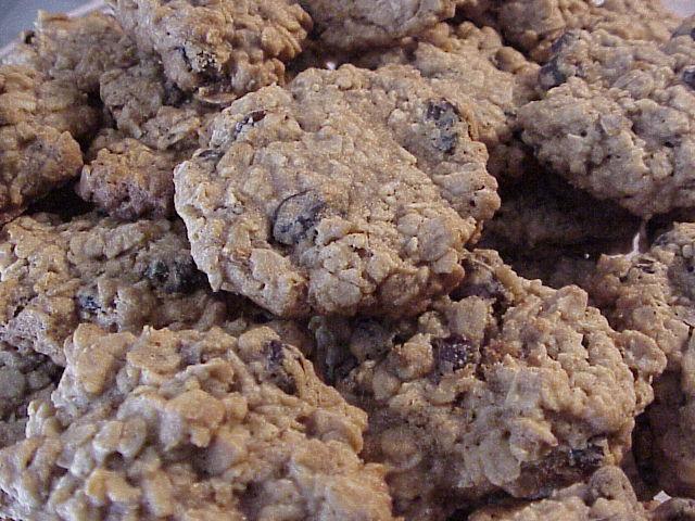 Ultimate Oatmeal Raisin Cookies