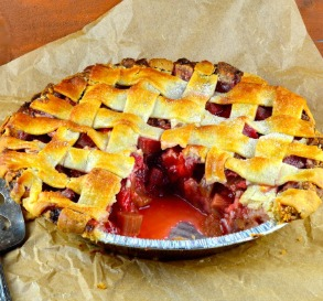 25 Easy Summer Pies & Cobblers