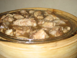 Chicken Steamed With Fresh Lemons (Sai Ling Mung Ching Gai). Photo by Pneuma