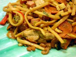 Bami Goreng ( Indonesian Stir Fried Noodles ). Photo by - Carla -