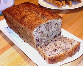 German Coffee Cake With Nuts and Chocolate ( Nusskuchen ). Photo by Inge 1505