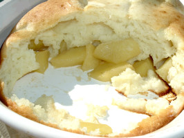 Delicious Puffy Oven-Baked Apple Pancake!. Photo by Bergy