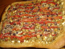 Mediterranean Pizza With Caramelized Onions. Photo by Lois M
