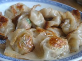 Chinese Pot Stickers. Photo by yamakarasu