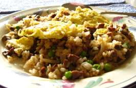 "Korean "" Oma"" Fried Rice With Egg Topping. Photo by WiGal"