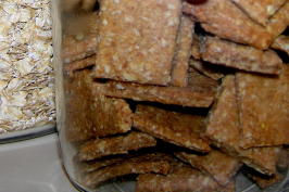 Low-Sodium Whole-Grain Crackers. Photo by AltaJoy