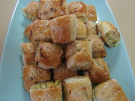 Healthy Chicken and Vegetable Sausage Rolls. Photo by I'mPat