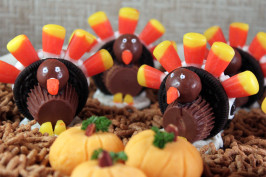 Oreo Cookie Turkeys. Photo by SashasMommy