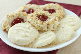 Gluten Free Melt-In-Your-Mouth Shortbread. Photo by Delicious as it Looks