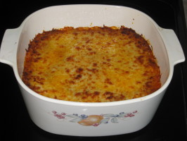 Cheesy Ground Beef-Spinach Sour Cream Noodle Casserole. Photo by FrenchBunny