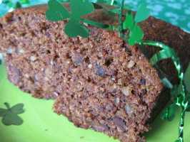 Guinness Banana Nut Bread. Photo by Rita~