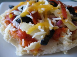 Ibs-Friendly Pizzas English Muffin &  Sourdough. Photo by Marlene.