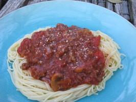 Mama's Spaghetti With Meat Sauce. Photo by breezermom
