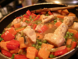 Sweet & Smoky Chicken Stew (Ww Core Friendly). Photo by justcallmetoni