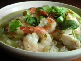 Green Curry With Shrimp and Fish (Kaeng Khiao). Photo by Chef floWer