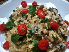Chicken & Mushroom Risotto. Photo by popkutt