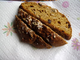 Oatmeal Molasses Bread - No Yeast Quick Bread. Photo by Nikoma