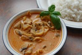 Scrumptious Thai Coconut Red Curry. Photo by Krista Roes