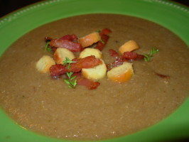 Chestnut Soup With Bacon - Velouté De Chataignes Et Bacon. Photo by French Tart